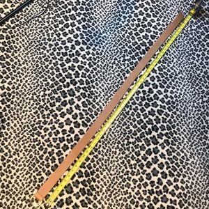 Tan leather belt, w/gold hardware!!! 51inch